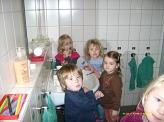 alle an die Zahnbürsten©Kindergarten Tausendfüßler