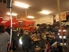 Stärkung im Feuerwehrhaus©Kindergarten Tausendfüßler
